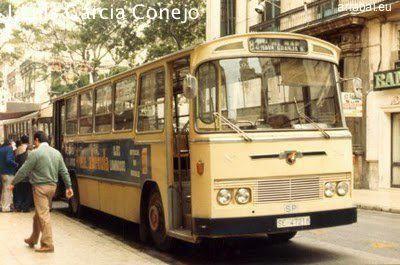 Autobus de González Oliveos