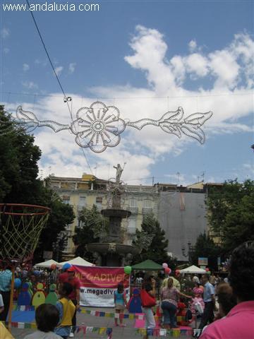 la plaza de Bib-Rambla en la feria de Granada de 2007