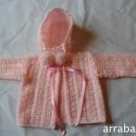 Rebequita y gorro de bebé a crochet