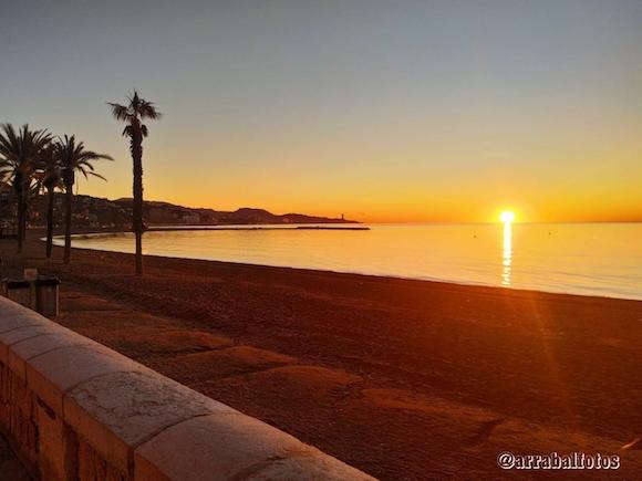 Amanecer en la Playa de la Malagueta