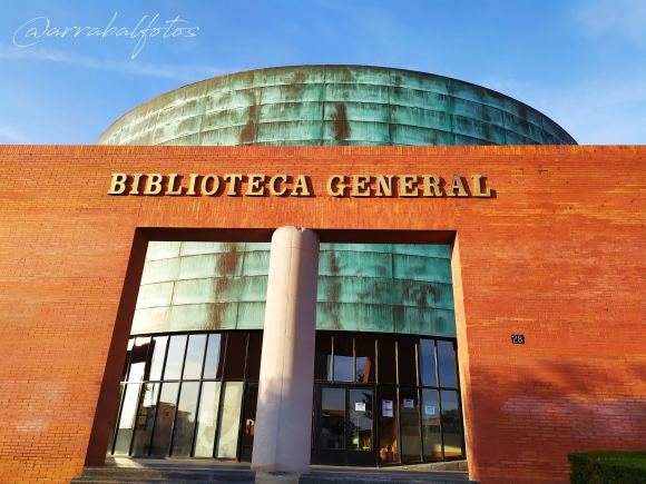 Biblioteca General de la Universidad de Malaga (UMA)