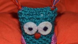 Búho de crochet hecho a mano