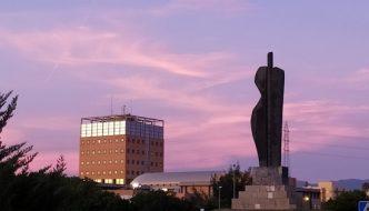 Amanecer en la Glorieta Profesor Rodriguez Carrion de la Universidad de Málaga