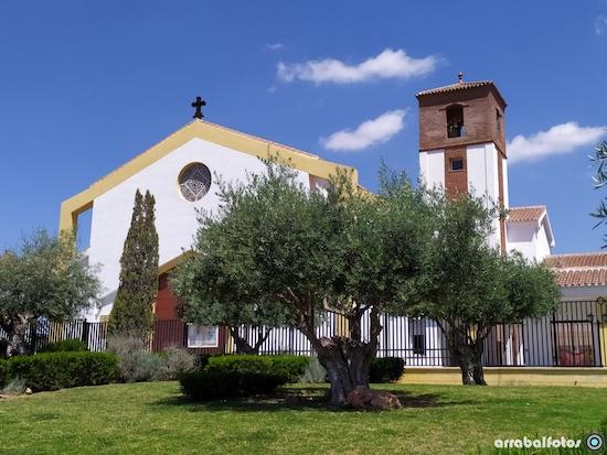 Iglesia Colonia Santa Inés en Málaga
