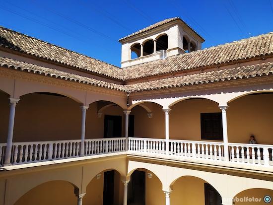 Patio interior del Museo Picasso Málaga