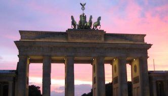 Puerta de Brandemburgo (Brandenburger Tor en alemán)