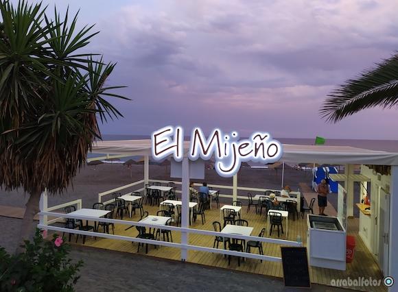 Chiringuito El Mijeño en la Playa de La Araña