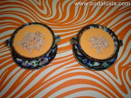 Salmorejo granaino en ceramica de Nijar