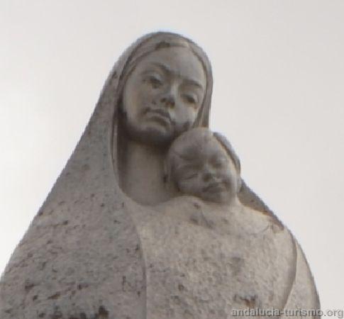 Detalle de la cara de la Virgen de las Nieves y el niño Jesús