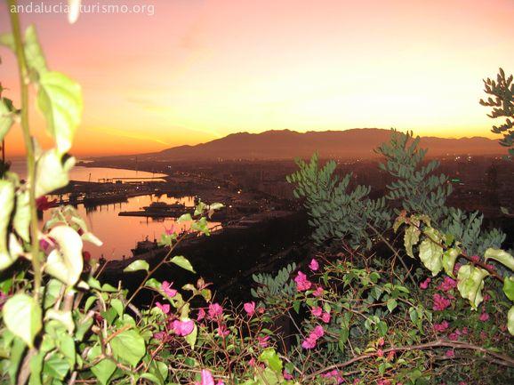 Sonnenuntergang von der Parador Malaga Gibralfaro