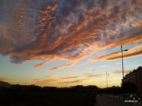 Atardecer en Málaga, desde Teatinos, el viernes 28 de agosto de 2012