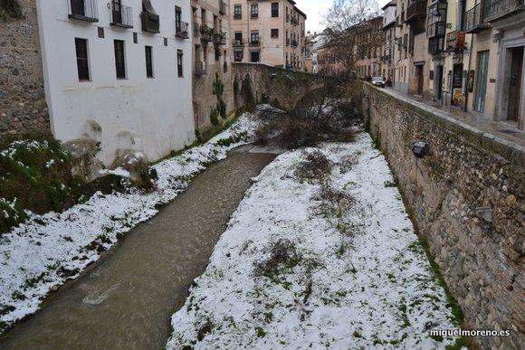 Nieve en el Rio Darro