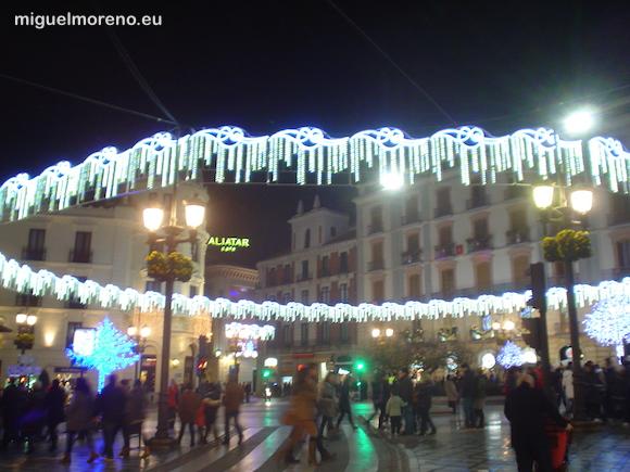 Puerta Real de granada con luces de navidad