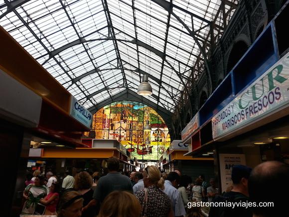 Vidriera del Mercado de Atarazanas de Málaga