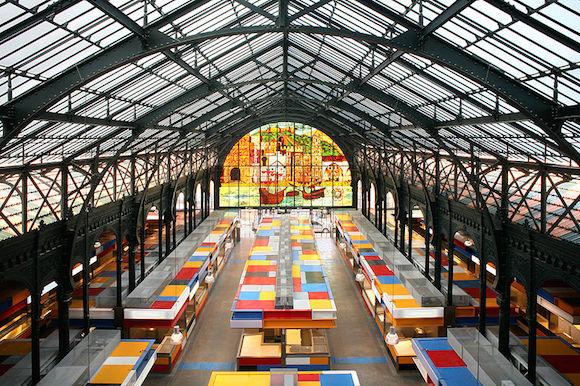 Interior del Mercado Atarazanas