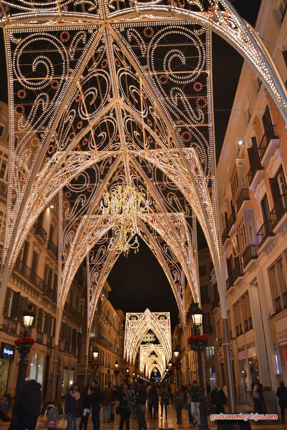 Arcos góticos del alumbrado de Navidad de Calle Larios en 2014