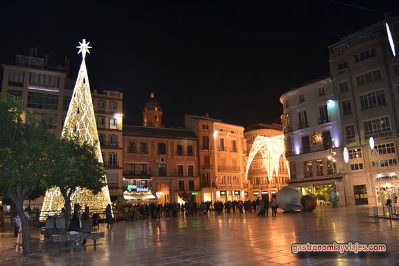 Alumbrado de Navidad de 2014 en la Plaza de la Constitución de Málaga