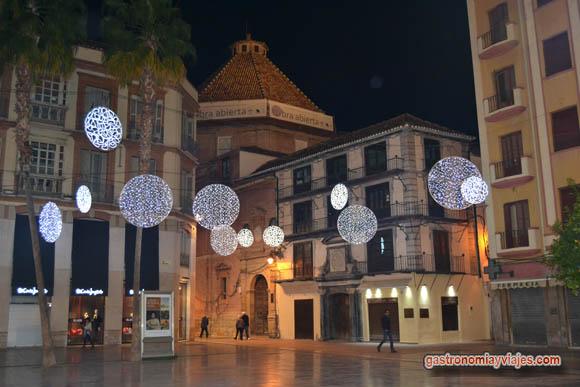 Luces de Navidad en la entrada de calle Compañía