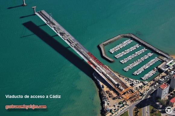 Viaducto de acceso a Cádiz