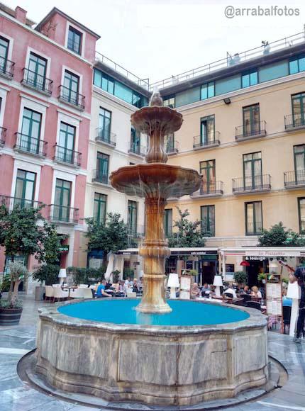Fuente de la Plaza del Obispo de Málaga